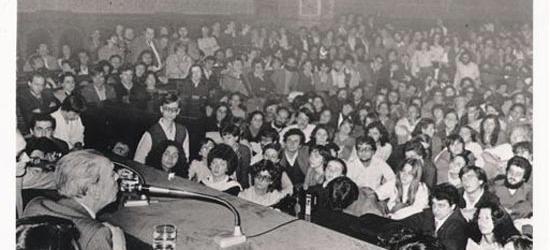 Abril 1980, Jorge Luis Borges en la Universidad de Barcelona | ¿Dónde está Víctor Amela?