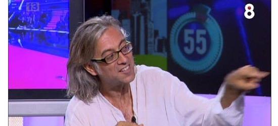 Público | Roberto Enríquez cita a Víctor Amela: 'Ya no quedan adultos frente al televisor'