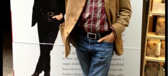 +Vídeos | Víctor Amela y Jordi Évole, Contra en directo y con público en la librería +Bernat