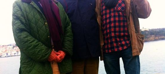 Con Luis Racionero y Antonio Pitxot, alciónica jornada de garoinada en Cadaqués