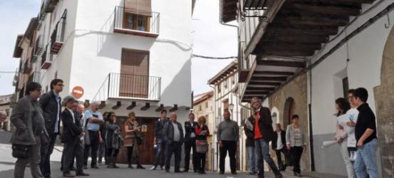 LA RODALIA | 30 periodistes de distints punts descobrixen Morella a través de la novel·la de Víctor Amela