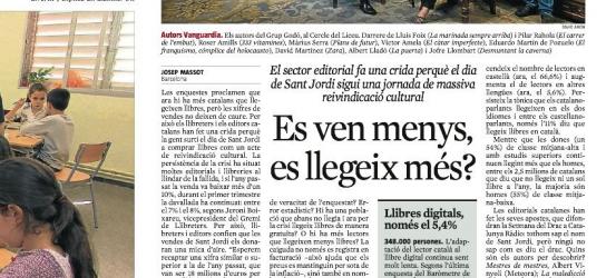 La Vanguardia 21 de abril 2013 | Los autores del Grupo Godó que presentan libro posaron en el Cercle del Liceu
