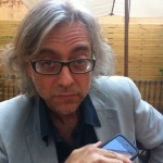 Víctor Amela antes de la rueda de prensa del Premio Planeta 2011
