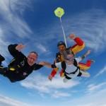 víctor amela salta en paracaidas