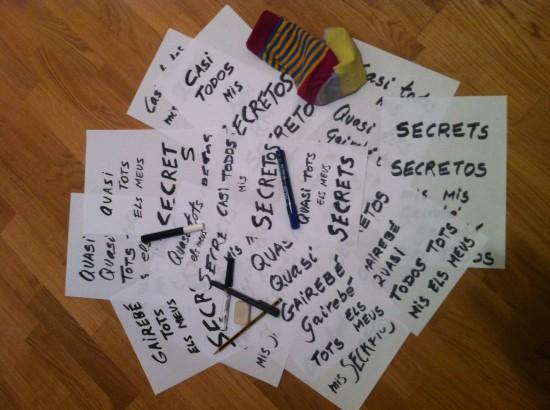 caligrafia para la portada de casi todos mis secretos, nuevo libro de victor amela