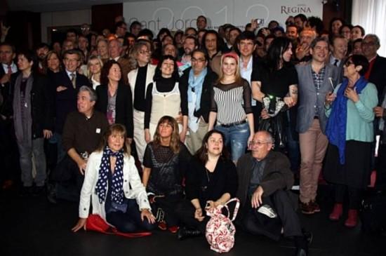 victor amela y roser amills Foto de grupo desayuno de escritores 23 abril 2012 hotel regina