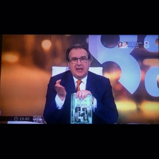 "8TV | Víctor Amela presenta ""Amor contra Roma"" a 8 al dia de Josep Cuní"